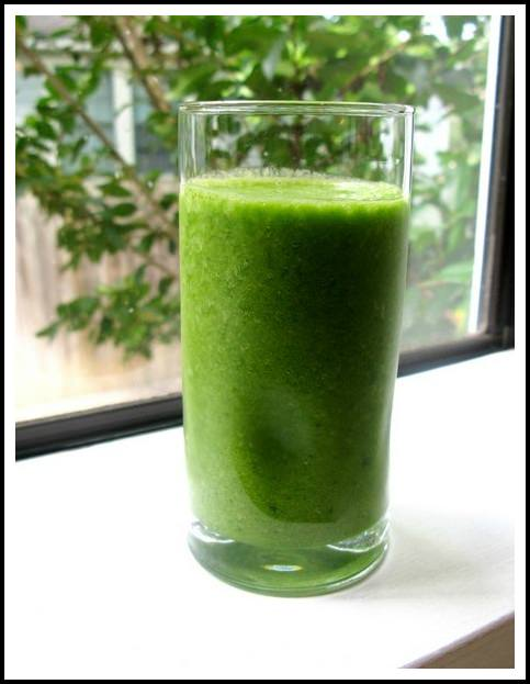 Raw veggie smoothie