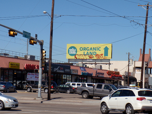 organic produce sign
