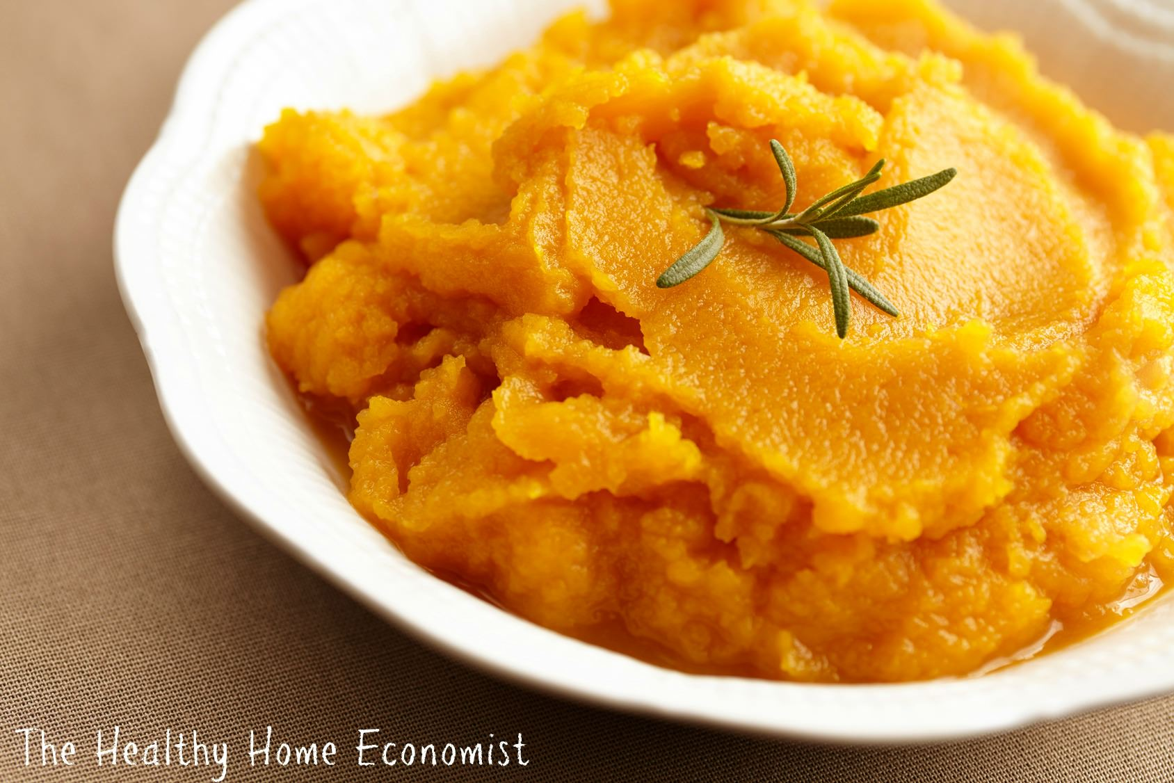 homemade pumpkin puree in a bowl