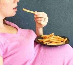 pregnant junk food mom2