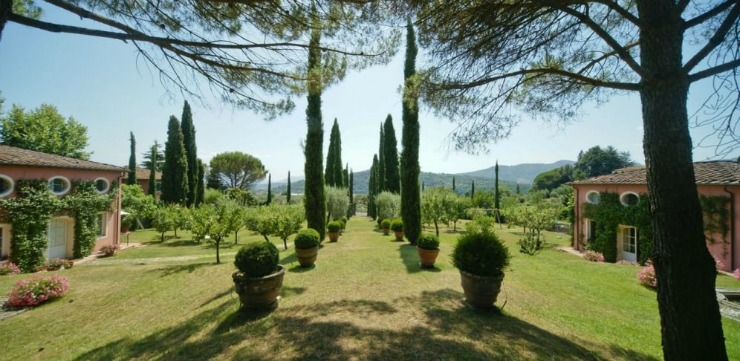 Enjoy soul searching walks in the expansive grounds or take a hike through olive groves up to the nearby mountain.