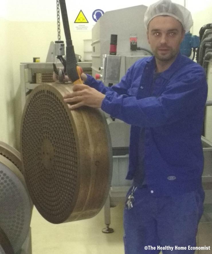 bronze die versus teflon