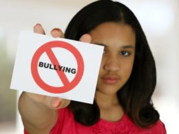 Natural Lifestyle Moms Targets of Bullying by Healthcare Workers