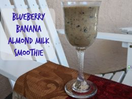 almond milk smoothie