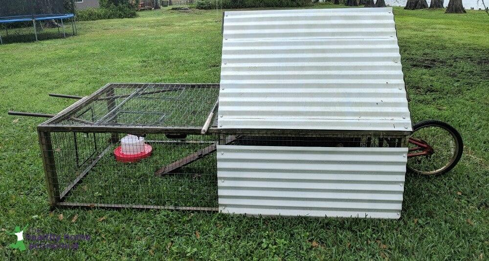 mobile backyard chicken coop