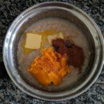 Pumpkin spice oatmeal mixture